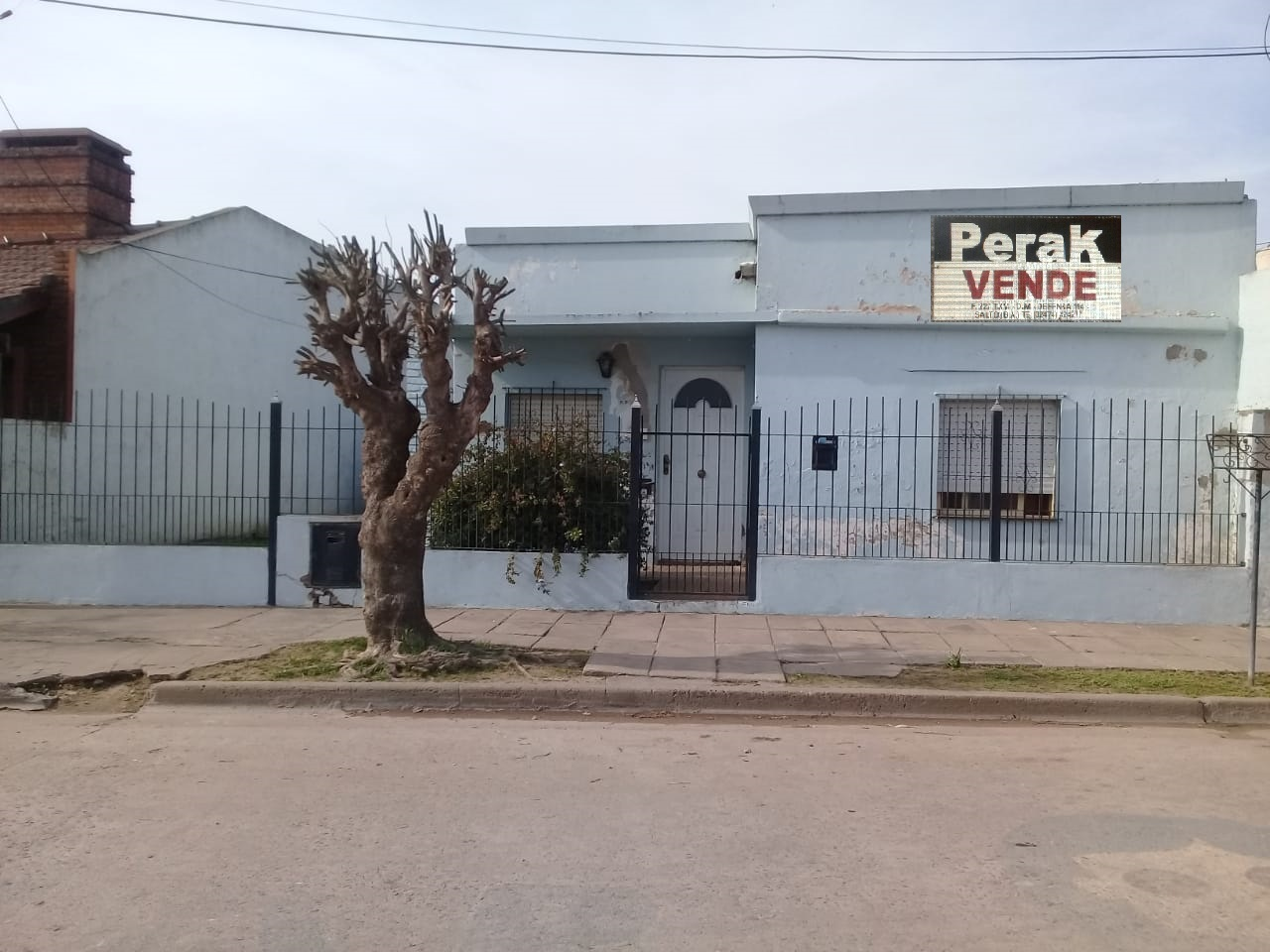 EN VENTA CASA EN CALLE DE LOS INMIGRANTES Nº 80