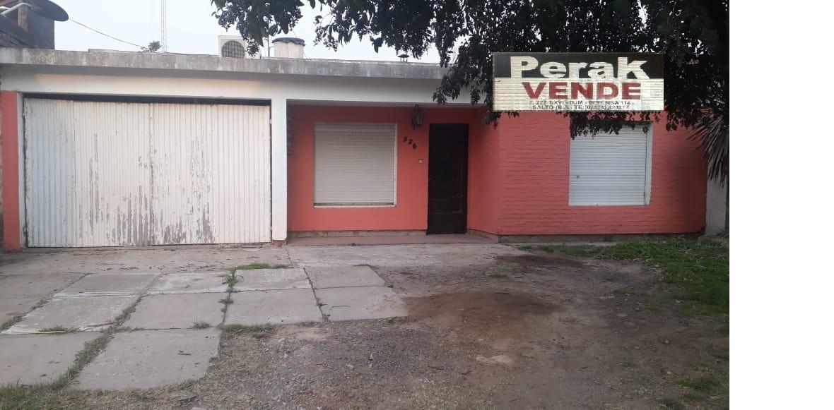 en venta casa en calle Ecuador 526 , Salto Bs As